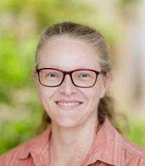 Dr. Tanja M. Schuster